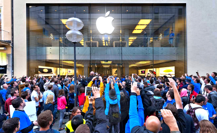 The Science of Apple Inc., or How to Create a Cult in Five Easy Steps